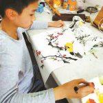 13歲男孩街頭賣畫 救罹癌姑姑