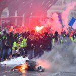 法國黃背心抗議第5波 聲勢大減 爭公投發動權