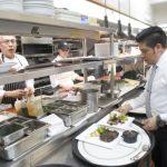 金山餐館找人難 縮簡菜單與服務