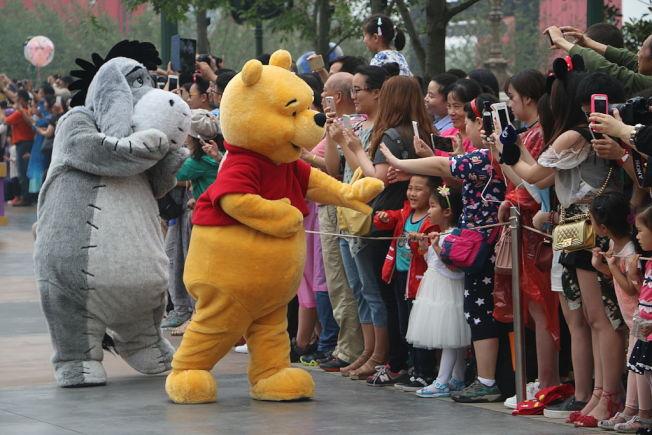 上海迪士尼樂園開幕。(Getty Images)