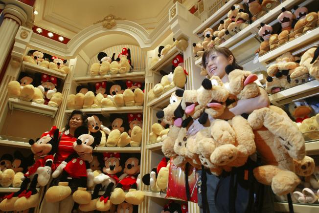 迪士尼商品專賣商店。(Getty Images)