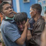 印尼海嘯增至281死、逾1000傷   驚恐瞬間畫面曝光