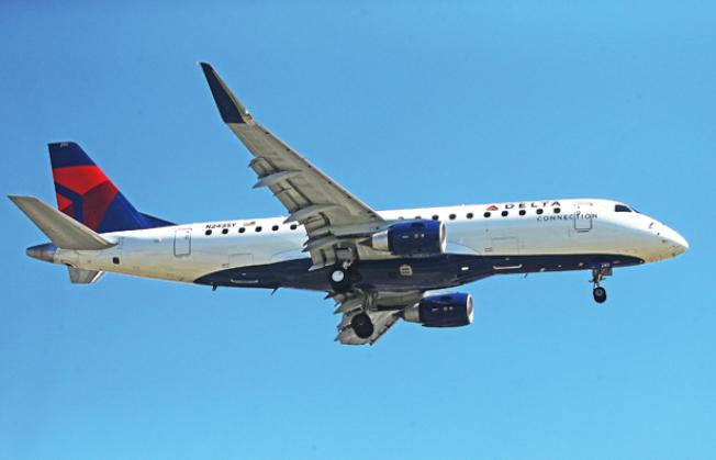 一架由北京飛往西雅圖的達美航空班機,24日因引擎問題迫降在阿拉斯加小島上。(Getty Images)