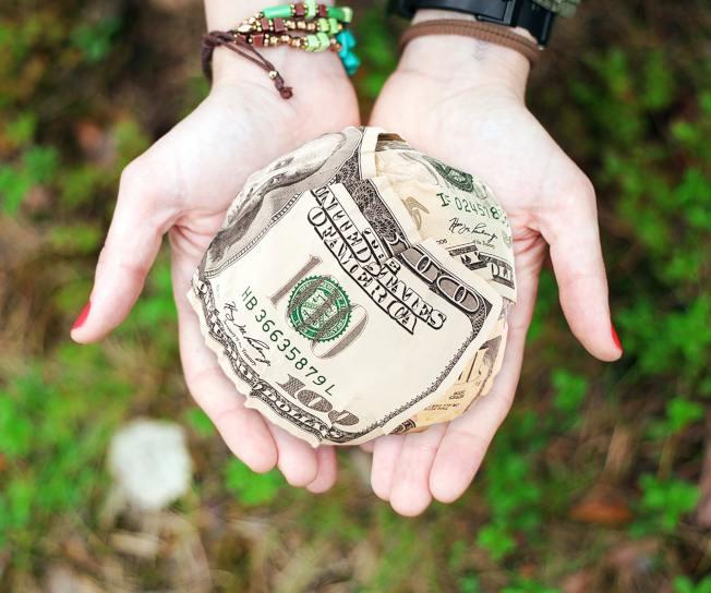捐贈前做好抵稅規畫策略。(Pexels)