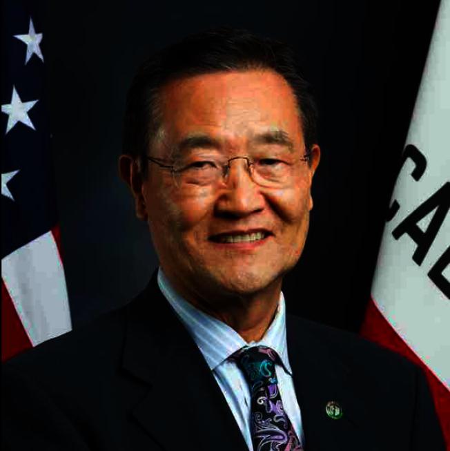 南加州極少數在11月選舉中,守住陣地的加州第68選區韓裔共和黨籍眾議員,崔錫浩崔錫浩感謝選民的支持。(崔錫浩官網)