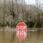 假期壞天氣  美中西部暴雪致命  南部山洪爆發
