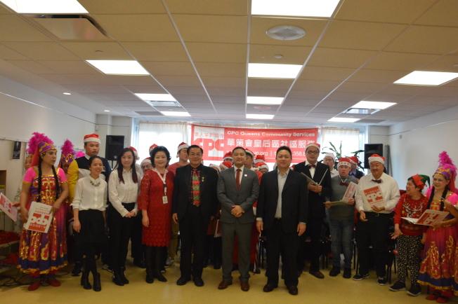 華策會皇后區社區中心29日舉辦耶誕節聯歡活動。(記者牟蘭/攝影)