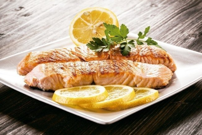 鮭魚有助降低心臟病、關節疼痛與憂鬱症風險。 資料來源/美國《預防》雜誌