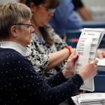 法官裁決緬因排名投票合法  敗選國會議員翻盤夢碎