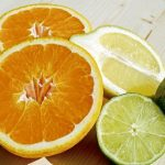 冬天口乾舌燥?營養師:吃水果比喝水更解渴