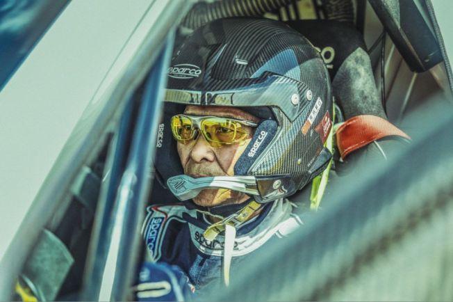 梁鈺祥是達卡拉力賽年齡最大的中國車手。(取材自微博)