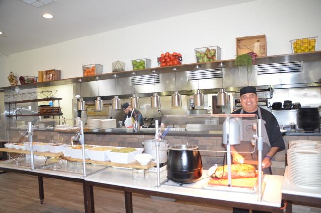 開放式廚房。(記者王全秀子╱攝影)