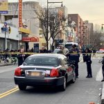 法拉盛市中心 電召車輾過婦人致重傷