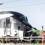 疑強風釀禍 丹麥跨海大橋火車遭擊6死