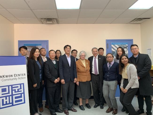 民選官員、亞太裔組織宣布今年積極推動「夢想法案」、「紐約綠燈運動」立法。(記者賴蕙榆/攝影)