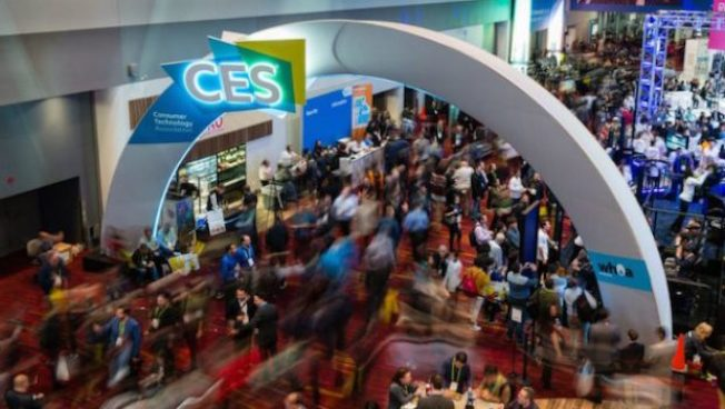 美中贸易战+谍影幢幢 CES电子展中国科技商少2成