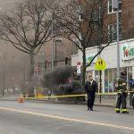 法拉盛人孔爆炸冒煙3小時 商家、交通遭殃