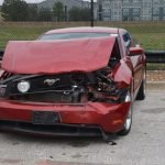 四青少年惡搞 二手車行豪車撞爛