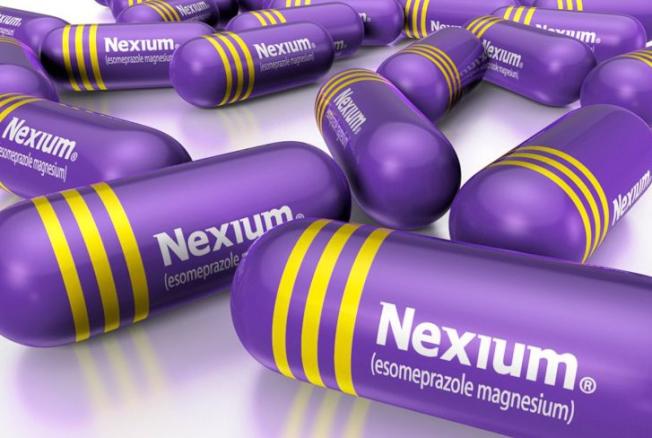治胃灼熱的學名藥Nexium一個月用量的批發價不到20元。但在幾個州,如果通過醫療補助計畫開藥,一個月用量的Nexium價格就超過130元。(取自Nexium臉書)