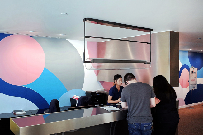 中心環境舒適、裝潢新潮、服務親切。