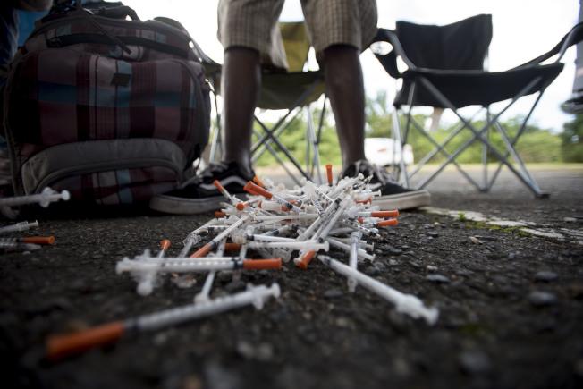聯邦衛生專家指出藥物過量致死案例擴增,特別是在中年婦女年齡層,以驚人速度惡化。(美聯社)
