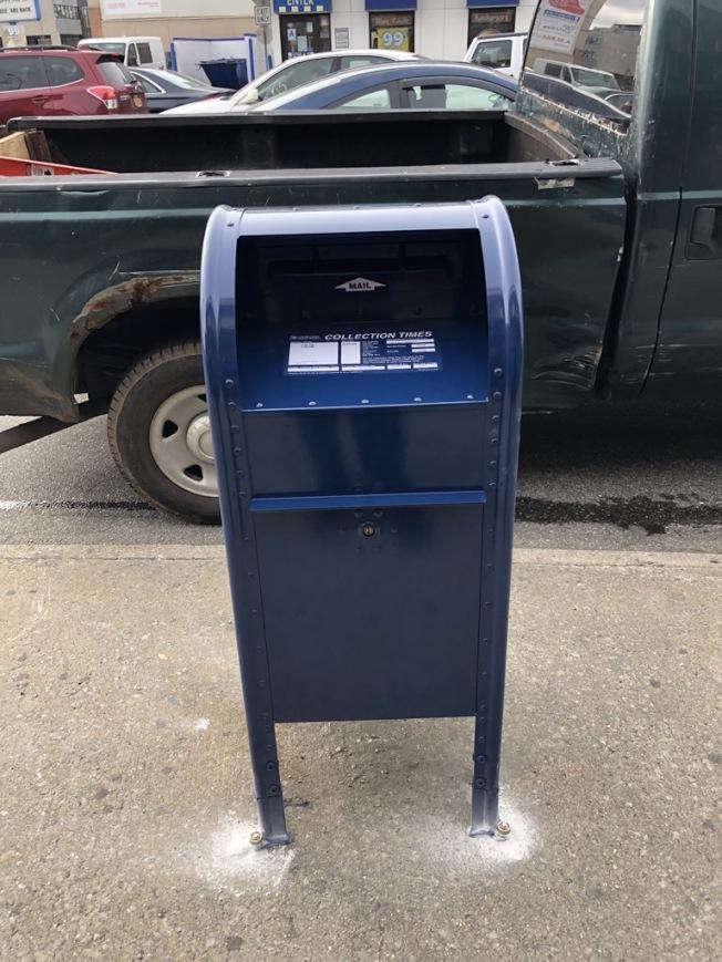 111分局轄區內部分地區的郵筒已經更換成全新防盜郵筒。(取自111分局推特)