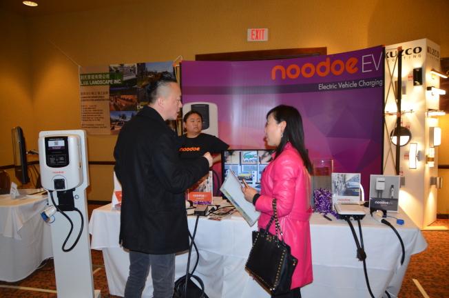 Noodoe EV結合綠能趨勢開發的充電裝置。(記者王全秀子/攝影)