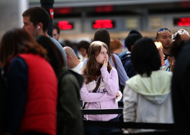 許多加州民眾擔心從1月22日起,無法持加州駕照搭乘國內班機。(Getty Images)