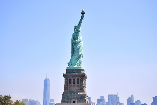紐約自由女神像當初也是靠募款建成。(Getty Images)