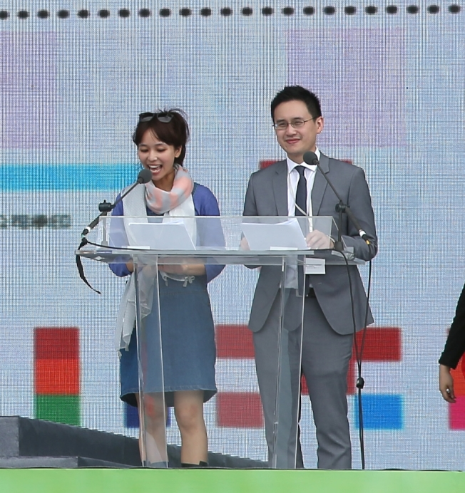 圖為趙怡翔(右)主持總統就職典禮參與彩排。(本報資料照片)
