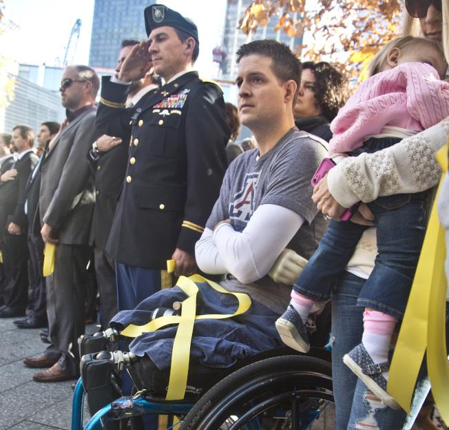 雙腿和右臂均遭截肢的美國空軍退伍軍人科爾法奇為挺川普築牆,近一個月來募集到2000萬美元,但因距離10億美元目標太遠,募款網站GoFundMe說可能全額退款。美聯社