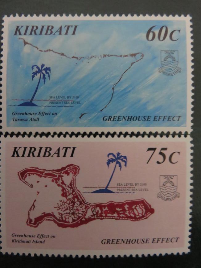 即將被海水淹沒的吉里巴斯(Kiribati)低窪島嶼,吉里巴斯共和國由32個島嶼組成,位於澳洲東北方向,國際換日線通過該群島,土地面積約800平方公里,人口約11萬人。