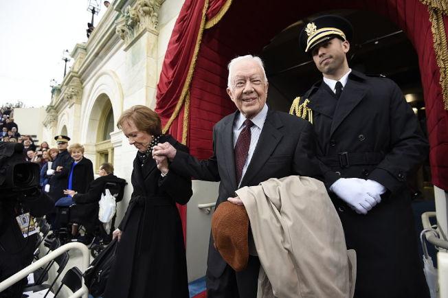 卡特伉儷參加川普就職大典。(Getty Images)