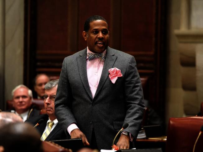 帕克在州參議會重提廢SHSAT的特殊高中改革提案。(帕克辦公室提供)
