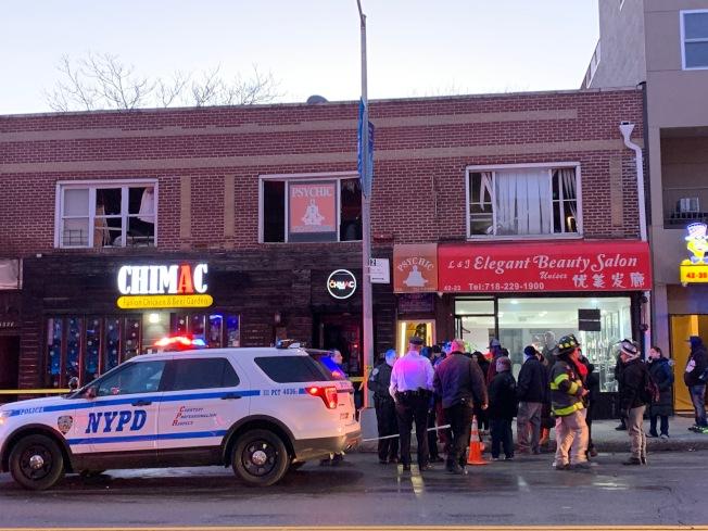 貝賽一間冰淇淋店的二樓15日下午發生火警,兩名受害者嚴重受傷。(記者賴蕙榆/攝影)
