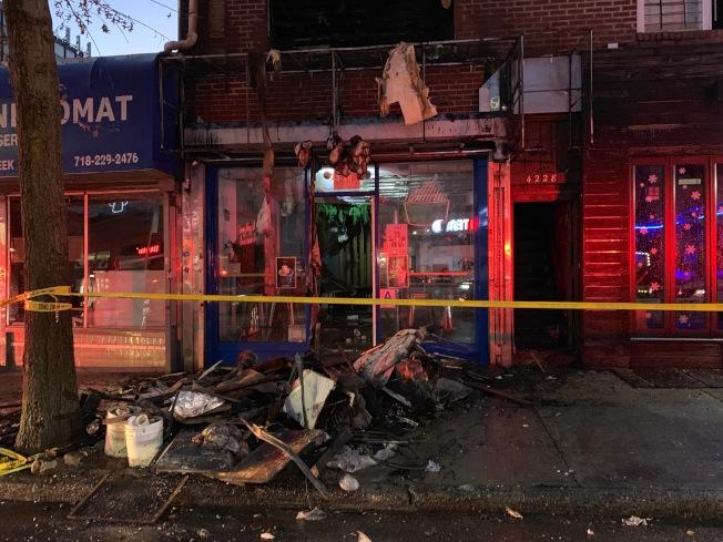 貝賽一間冰淇淋店的二樓15日下午發生火警,導致兩名患受害者嚴重受傷。(記者賴蕙榆/攝影)