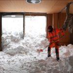 雪崩半夜入侵 奧地利飯店室內變雪地