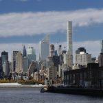 紐約市冠全球 富裕者近百萬