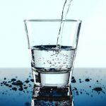 疼痛,代表身体缺水!医学博士建议一天饮水量要这样