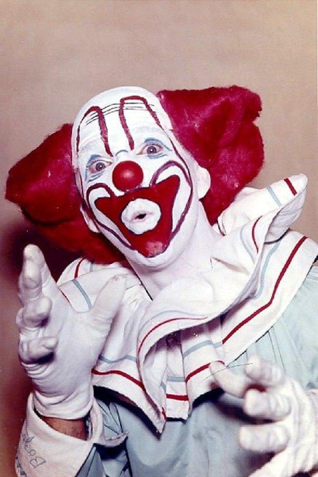 「波佐小丑」是許多美國人的童年回憶。(Wikimedia Commons)