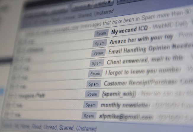 專家分析,短期休假較不必擔心電子郵箱充滿工作郵件。(Getty Images)