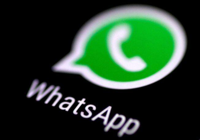 WhatsApp宣布一則訊息限轉傳五次的新規定。 (路透)