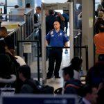 海關逕搜旅客筆電、手機 維護隱私團體提告