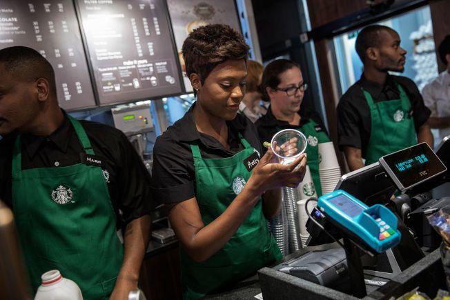 星巴克2019年度計畫關掉150家直營店,雖然是過去平均每年關閉分店數量的3倍,但在全球2萬5000家的規模中微不足道。(Getty Images)