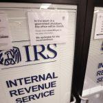 1.4萬國稅局員工 不甩無薪上班令