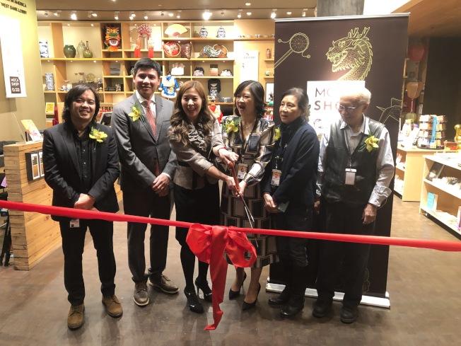 珠江百貨與MOCA聯手,MOCA分店30日舉行開業儀式。(記者洪群超/攝影)