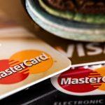 上當成假信用卡買手 3華人被逮