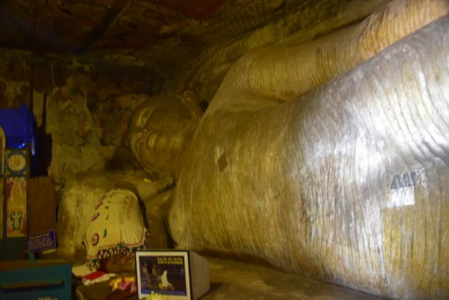 長達14公尺的巨大臥佛。