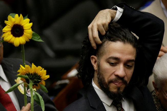 巴西國會議員威利斯面臨人身威脅,流亡海外。(路透)