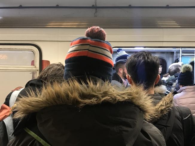 研究顯示,芝加哥36%青年準備離開芝城。(記者董宇╱攝影)